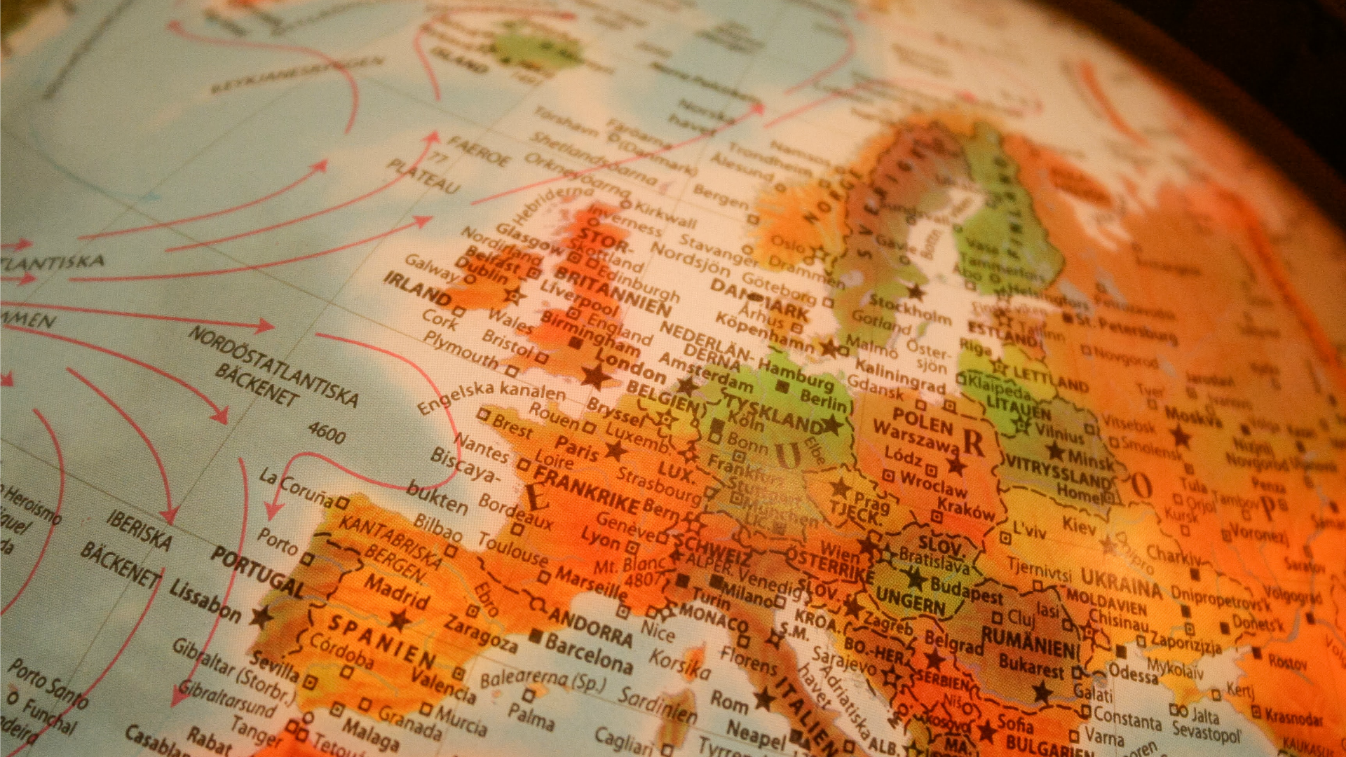 What's the most common last name in each European country?