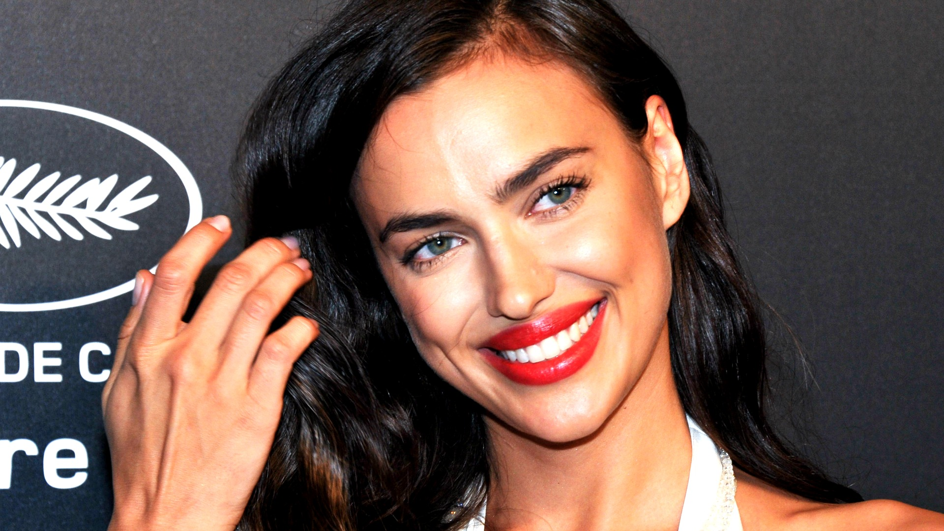 """""""He pursued her:"""" the surprising story of Irina Shayk and Kanye West"""