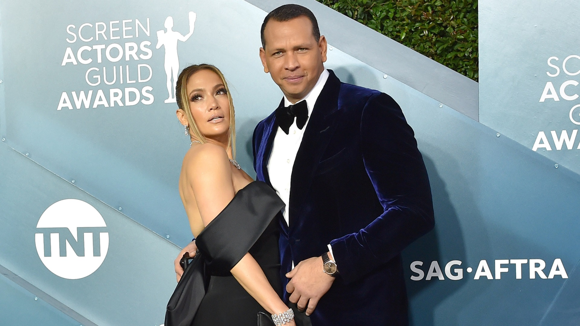It's over for Jennifer Lopez and Alex Rodriguez. What's the backstory of their breakup?