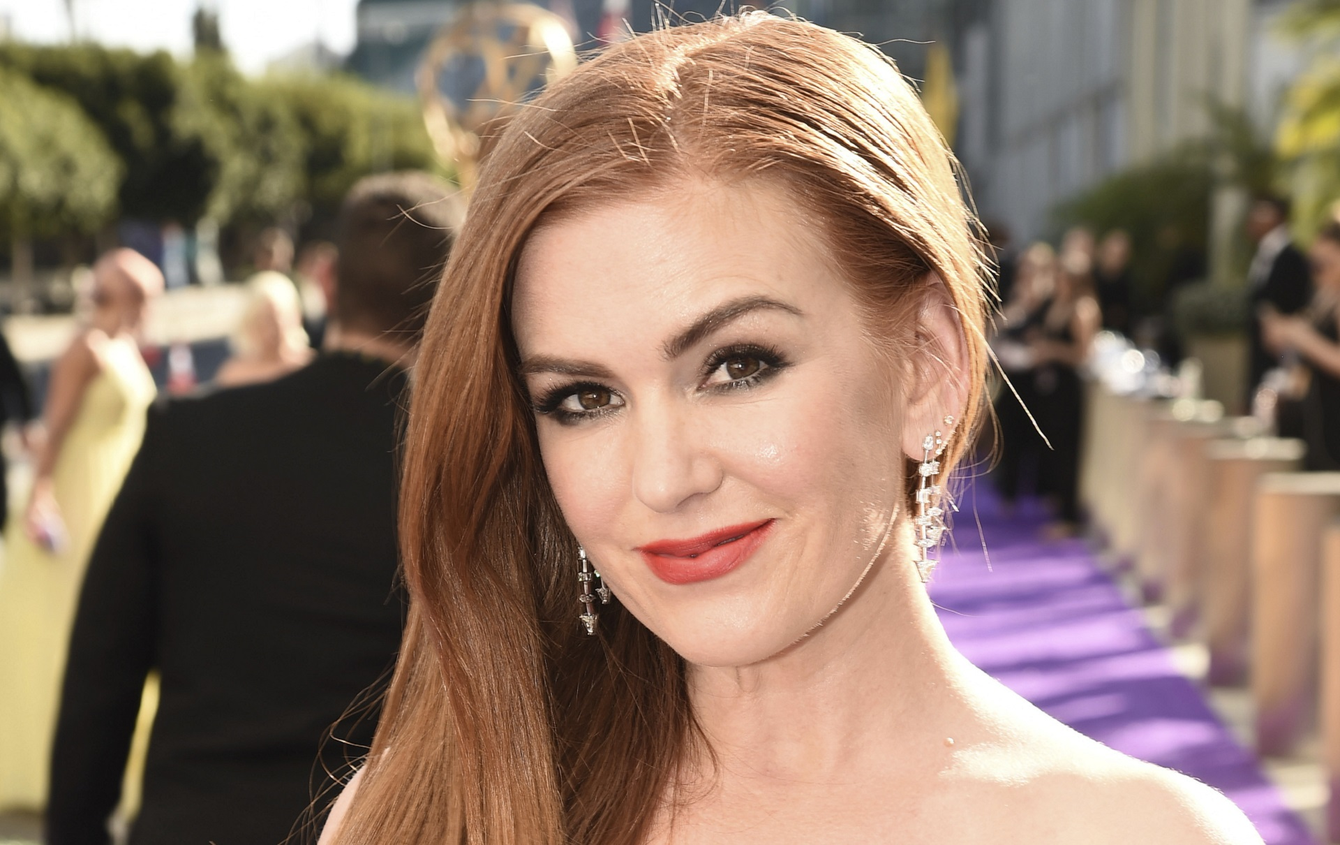 Isla Fisher: Aussie actress with a surprising birthplace, religious conversion and Hollywood success