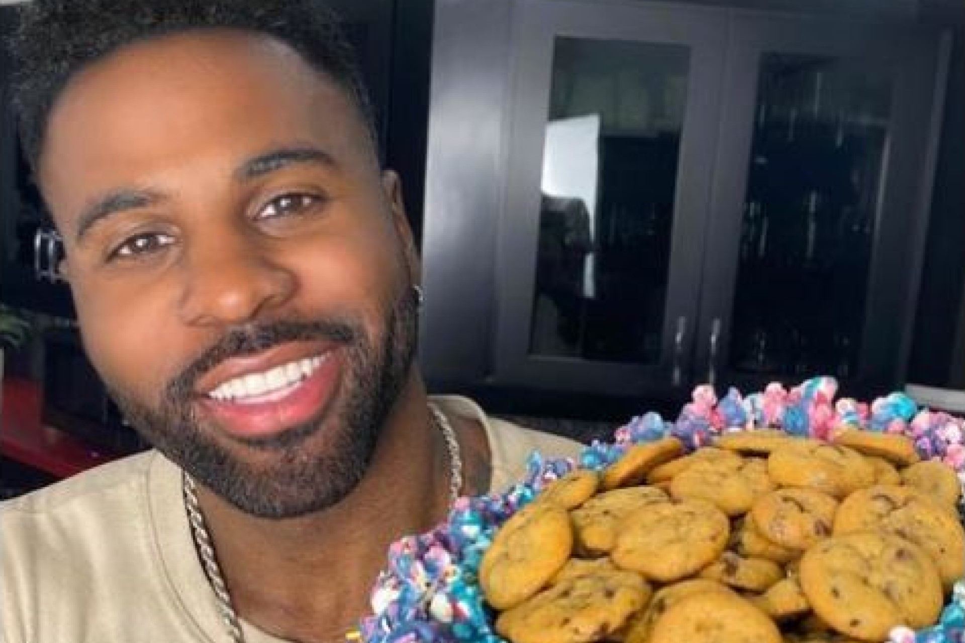 The stars line up for Jason Derulo and Jena Frumes… see the photos!