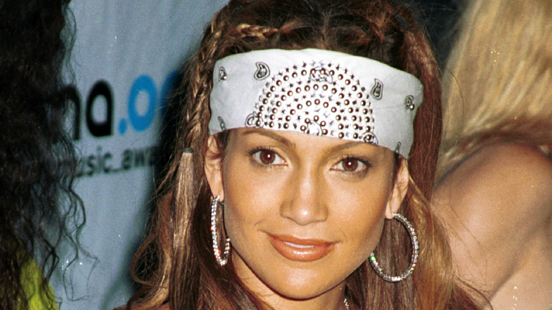 Celebrity hairdos from the 90s that will make you cringe
